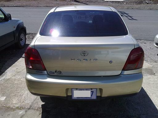 Rica - Toyota Yaris 2000